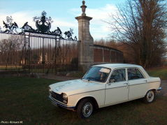 Peugeot 204 berline (1975) - Richard M.